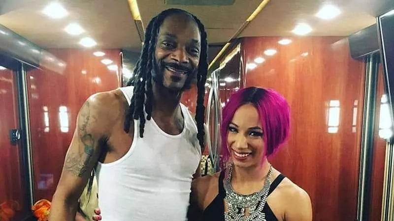 snoop sasha banks